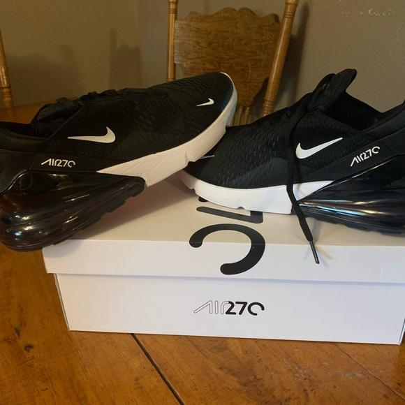 Men's Nike Air Max 270 size 13